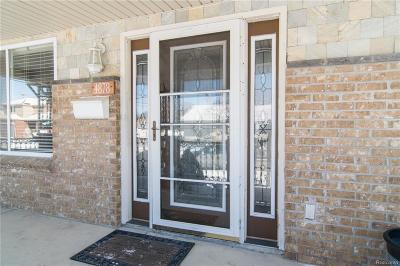 Dearborn Single Family Home For Sale: 4878 Walwit St