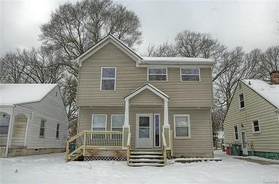 Royal Oak Single Family Home For Sale: 1516 Owana Ave
