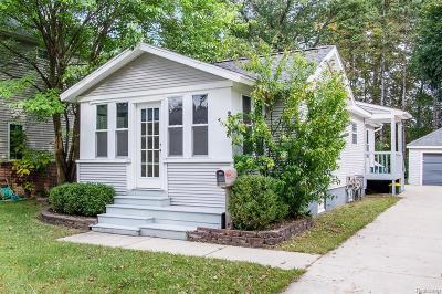 Royal Oak Single Family Home For Sale: 2532 Elizabeth Ave