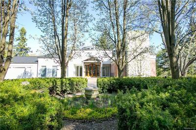 Bloomfield Hills Single Family Home For Sale: 5635 Wing Lake Rd