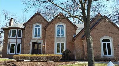 Single Family Home For Sale: 1632 Wakefield Crt