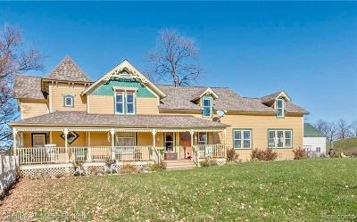 Lapeer Single Family Home For Sale: 2388 Millville Rd