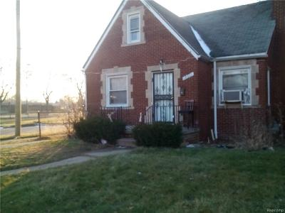Detroit Single Family Home For Sale: 18601 Waltham