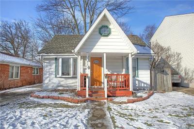 Berkley Single Family Home For Sale: 3931 Gardner Ave