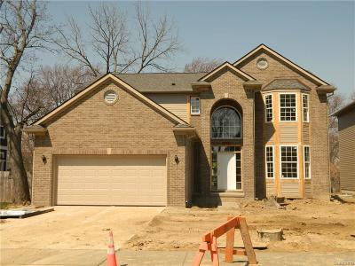 Troy Single Family Home For Sale: 59 Birchwood