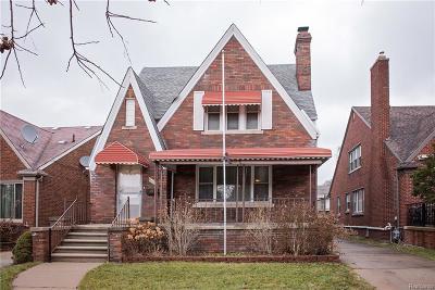 Dearborn Single Family Home For Sale: 7708 W Morrow Cir