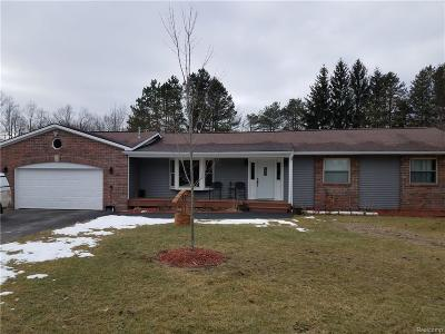 Lapeer Single Family Home Keep Showing-Contgcy Appl: 2643 Reed Rd