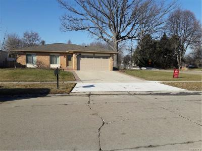 Sterling Heights Single Family Home For Sale: 39861 Academy Dr