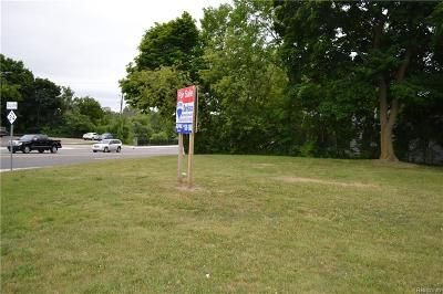 Lapeer Single Family Home For Sale: 26 S Main St