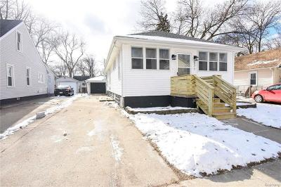 Ferndale Single Family Home For Sale: 571 W Marshall St