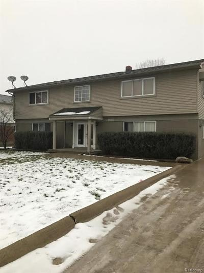 Macomb Multi Family Home For Sale: 38550 Meadowdale