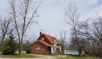 Lapeer Single Family Home For Sale: 4954 Brown City Rd