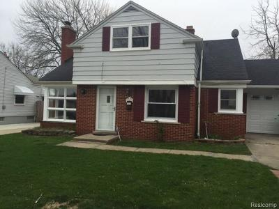 Eastpointe Single Family Home For Sale: 18066 Oak Ave