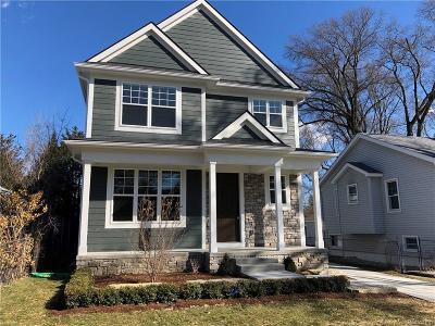 Royal Oak Single Family Home For Sale: 1003 Wyandotte Ave