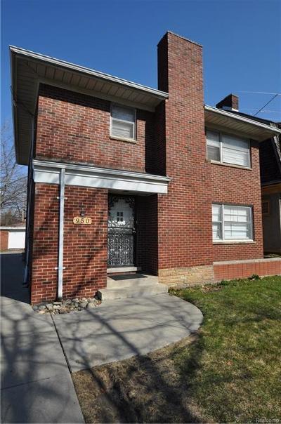 Detroit Single Family Home For Sale: 950 Longfellow St