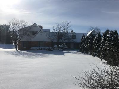 Rochester Single Family Home For Sale: 40 E Buell Rd