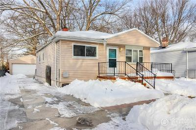 Livonia Single Family Home For Sale: 19961 Antago St