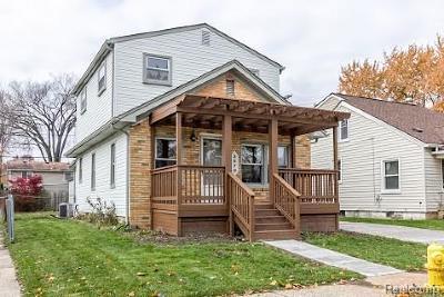 Berkley Single Family Home For Sale: 3679 Buckingham