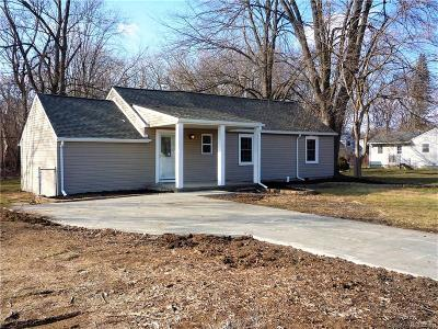 Livonia Single Family Home For Sale: 8869 Inkster Rd