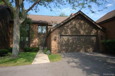 Bloomfield Hills Condo/Townhouse For Sale: 1887 Wingate Rd