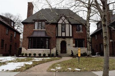 Detroit Single Family Home For Sale: 19570 Stratford Rd
