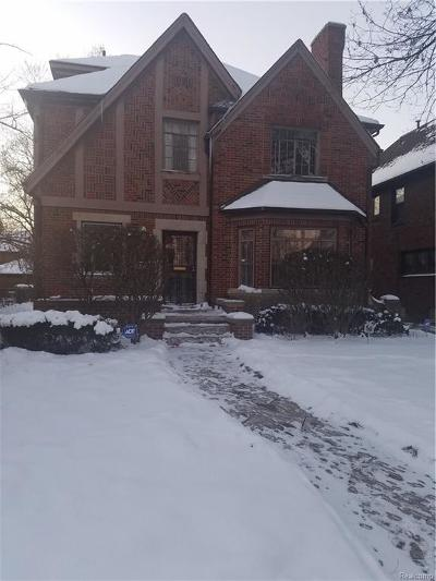 Detroit Single Family Home For Sale: 18443 Muirland St