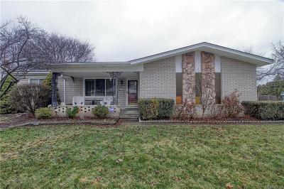 Clinton Township Single Family Home For Sale: 37943 Santa Barbara St