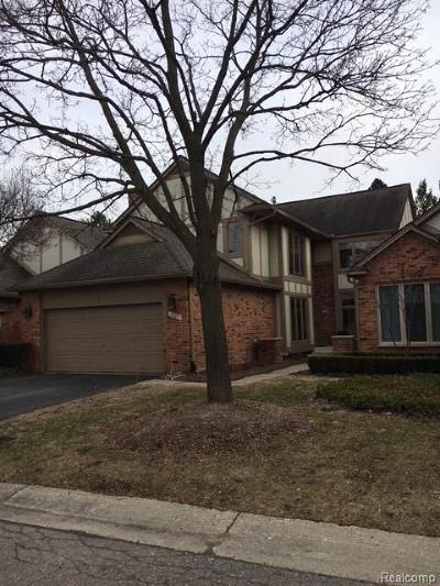 Bloomfield Hills Condo/Townhouse For Sale: 4109 Willoway Place