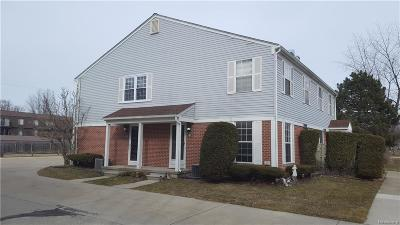 Harrison Twp Condo/Townhouse For Sale: 24609 Meadow