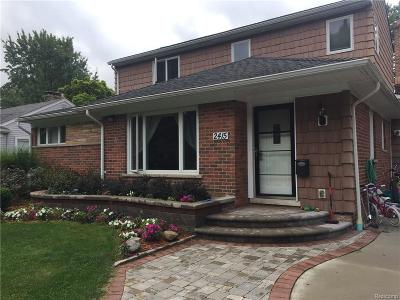 Royal Oak Single Family Home For Sale: 2415 N Vermont Ave