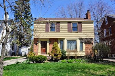 Grosse Pointe Park Single Family Home For Sale: 1332 Grayton St