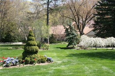 Farmington Hills Single Family Home For Sale: 28150 Westbrook Crt