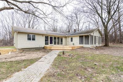 West Bloomfield Single Family Home For Sale: 3245 W Long Lake Rd