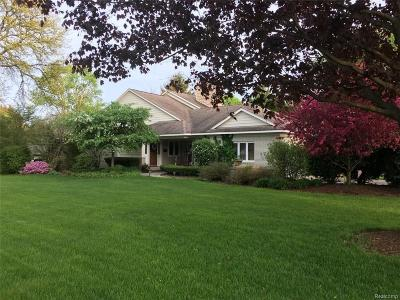 Bloomfield Hills Single Family Home For Sale: 3641 Berkshire Dr