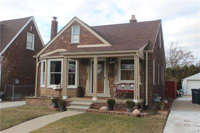 Lincoln Park Single Family Home For Sale: 1570 Michigan Blvd