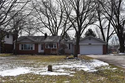 Clinton Township Single Family Home For Sale: 18956 Faulman Rd
