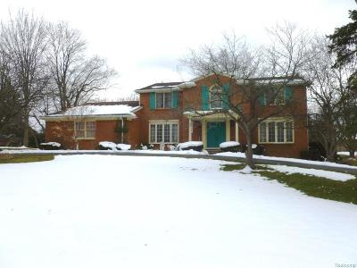 West Bloomfield Single Family Home For Sale: 2188 Bel Aire