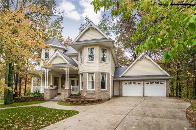 West Bloomfield Single Family Home For Sale: 2567 Alden Crt