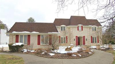 West Bloomfield Single Family Home For Sale: 3982 Winterset Crt