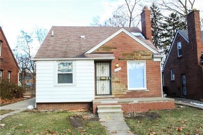 Detroit Single Family Home For Sale: 12640 Asbury Park
