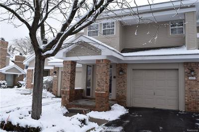 West Bloomfield Condo/Townhouse For Sale: 6625 Fireside Crt
