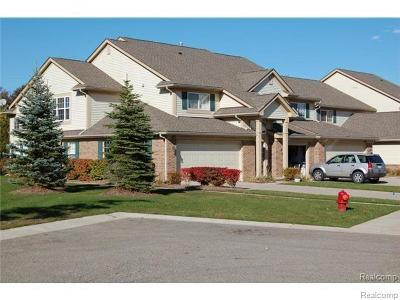 Auburn Hills Condo/Townhouse For Sale: 145 S Vista