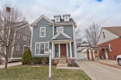 Royal Oak Single Family Home For Sale: 623 Chambers St