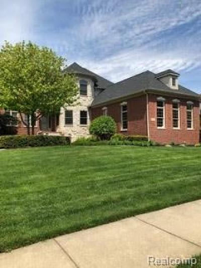 Washington Twp Single Family Home For Sale: 63187 Turnberry Way