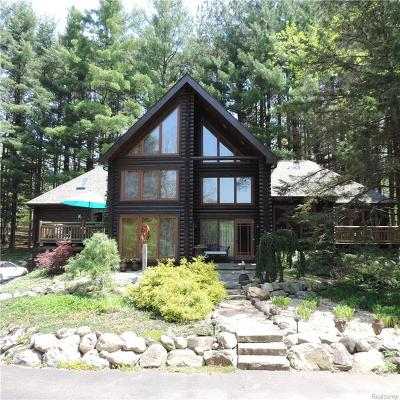 Lapeer Single Family Home For Sale: 4565 Diehl Rd