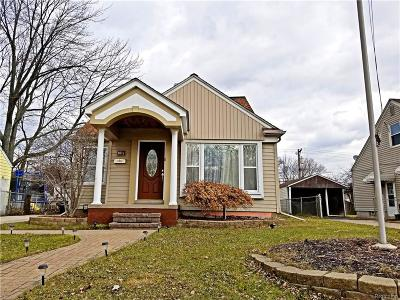 Royal Oak Single Family Home For Sale: 1411 E Thirteen Mile Rd