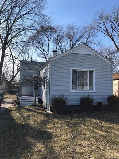 Madison Heights Single Family Home For Sale: 27033 Alger Blvd