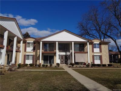 Warren Condo/Townhouse For Sale: 29297 Hayes Rd