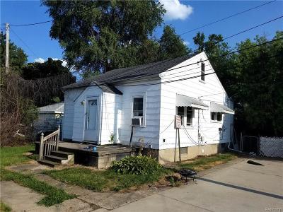 Macomb Single Family Home For Sale: 4426 E. Nine Mile Road