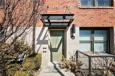 Royal Oak Condo/Townhouse For Sale: 680 W Eleven Mile Rd